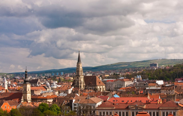 Circulatia din Cluj-Napoca este paralizată: traficul este blocat iar carosabilul inundat!
