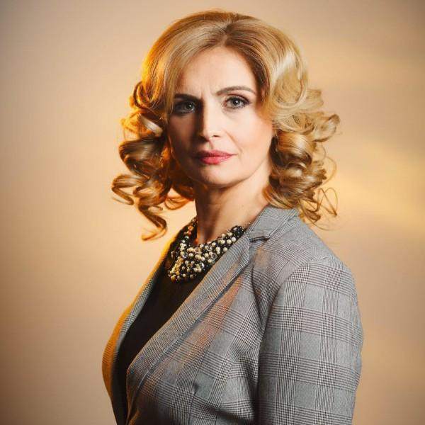 Cirstina Burciu: Modificarea Regulamentului Camerei Deputaților nu afectează dezbaterile!